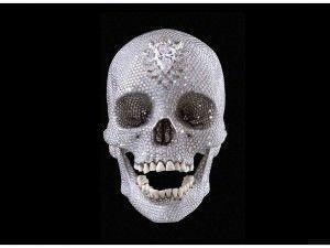 damien-hirst-skull-1024x768